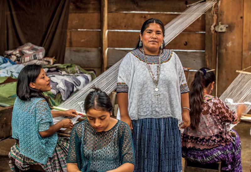 Amalia Güe and some of the weavers of the Ixbalam'ke cooperative